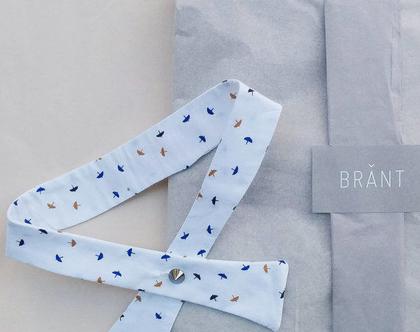 """פפיון """"אדוה""""   פפיון לבן הדפס מטריות  עניבה  עניבת נשים """