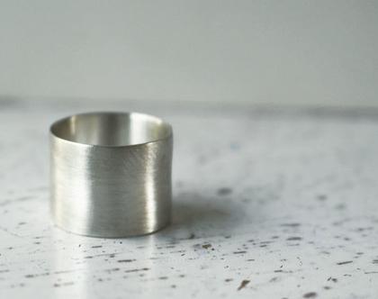 טבעת כסף רחבה