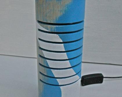 מנורה מיוחדת | מנורה צבעונית | מנורת עץ |