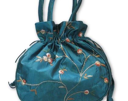 תיק ערב קטן רקום בדוגמת פרחים עם ידיות - צבע טורקיז