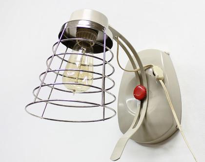 מנורת קיר וינטאג׳ תעשייתית