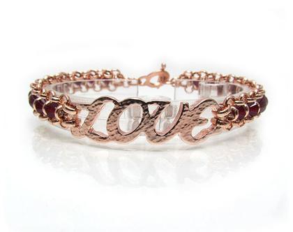 צמיד LOVE, צמיד אהבה, צמיד זהב אדום, צמיד קריסטלים, צמיד מתנה, צמיד עבודת יד