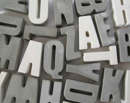 אותיות ABC בתפזורת מבטון, אותיות מבטון, אותיות באנגלית, אותיות בטון להרכבה, אותיות מעוצבות, אותיות מעוצבות