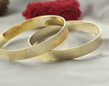 סט צמידים זהב 21k | צמיד רקוע עדין | צמיד טקסטורת עץ מיוחד | צמיד מרוקאי | צמיד זהב | צמיד זהב מרוקאי | 21 קראט | צמיד עדין | צמיד זהב לחינה