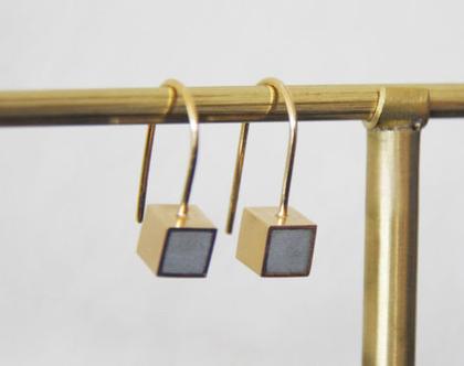 עגילים תלויים במילוי בטון | עגילי קוביה קטנים | עגילי זהב | עגילי זהב מרובעים |