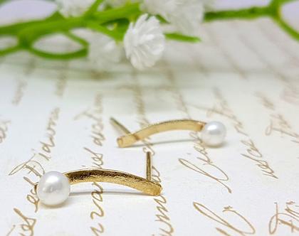 עגילי פנינה מטפסים, עגילי זהב משובצים פנינה לבנה,עגיל מטפס זהב עגילי זהב צמודים עגילים מטפסים
