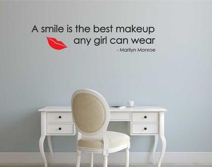 (A SMILE (Marliyn Monroe   מדבקות קיר לבית   מדבקת קיר לעיצוב הבית  מדבקות קיר לחלל הבית   מדבקת קיר לחדר ילדים   מדבקת קיר לחדר נוער