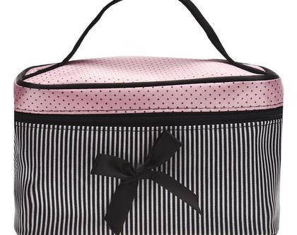 תיק איפור לאישה תיק רחצה תיק לנסיעות ***משלוח חינם***