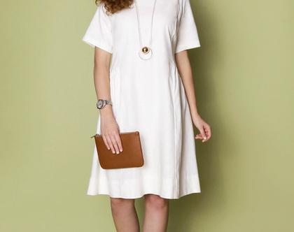 שמלת פשתן לבן