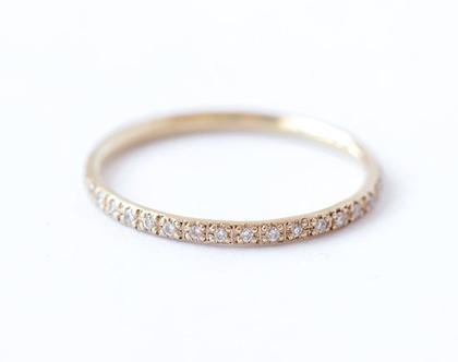 טבעת אירוסין יהלומים, טבעת שורת יהלומים, טבעת נישואין, טבעת איטרניטי, טבעת שורה יהלומים עדינה, טבעת נצח, טבעת יהלומים דקה,