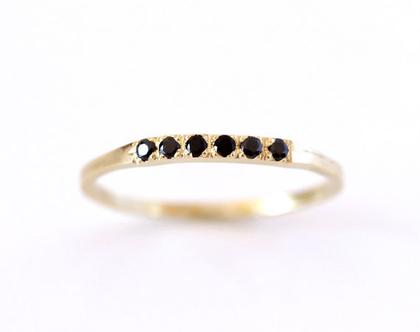 טבעת יהלומים שחורים, טבעת נישואין עם יהלומים, טבעת יהלום שחור, טבעת חמישה יהלומים, טבעת נישואין מודרנית לאשה, טבעת נישואין אלגנטית