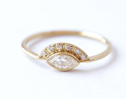טבעת אירוסין מרקיזה, טבעת יהלום מרקיזה, טבעת יהלום לאישה, טבעת יהלום 0.25 קראט, טבעת מרקיזה, טבעת אירוסין בסגנון ווינטג׳