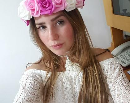 זר לראש   זר פרחים   עיטור ראש   כתר פרחי משי   חגיגה   יום הולדת בתמצווש   קישוט   ורדים   לבן   ורוד   פוקסיה   זר לבוק   פרום   מלאכותי