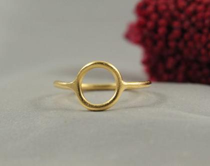 טבעת זהב עיגול עדין 21k| טבעת זהב 21k | טבעת זהב 21k מיוחדת | טבעת מעוצבת | תכשיטים בעבודת יד | מצופה זהב 21k | מתנה לחברה