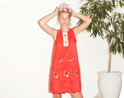 שמלת רוזטה אדומה