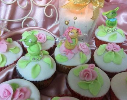 רעיונות ליום הולדת לנערות, סדנת בצק סוכר לנערות, סדנת יצירה לנערות, בצק סוכר, יום הולדת, רעיונות ליום הולדת, מקדמה של: