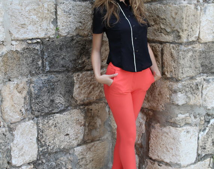 חולצה מכופתרת חולצה צמודה חולצה מחויטת חולצה עם שרוול קצרחולצה מעוצבת בגדי מעצביםחולצה שחורה חולצה לבנה