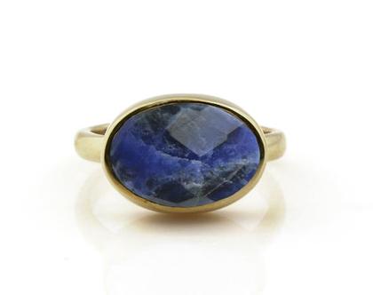 טבעת זהב - טבעת סודאלית - טבעת אבן חן - טבעת מתנה - טבעת לאשה - טבעת כחולה - טבעת אובל - טבעת אירוסין - טבעת מיוחדת