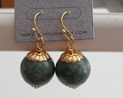 עגיל זהב תלוי // עגיל Blue Jade // עגיל אבן חן