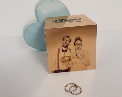 קוביית תמונות על מתכת מבריקה   פסיפס תמונות   מתנות עם תמונה   תמונות   מתנות בעיצוב אישי   ליום הולדת   לסבתא   לסבא   לאמא   לאבא