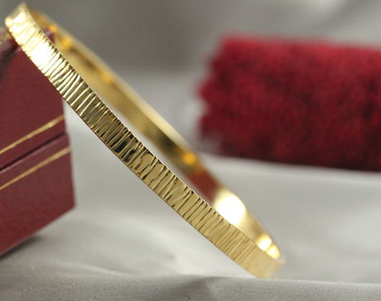 צמיד זהב 14k | צמיד עדין | צמיד מיוחד | צמיד מרוקאי | צמיד זהב טקסטורת עץ | צמיד זהב מרוקאי | 14 קראט | צמיד רקוע עדין | צמיד זהב לחינה