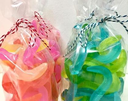 מארז סבון | נחשי גומי | משלוח מנות | סבונים מעוצבים | ממתקי סבון | מתנה לחג | מתנה מתוקה | פינוק מתוק | מתנה עם הומור| מתנה לאשה