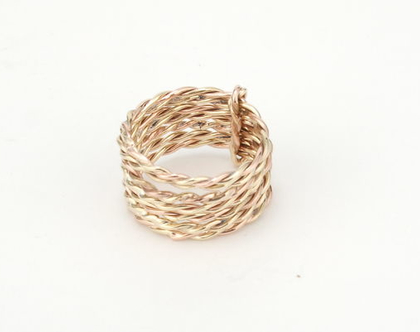 סט טבעות זהב 9K | טבעת זהב מסולסלת | טבעת זהב עדינה | טבעת זהב קלאסית | טבעת זהב צמה | זהב 9K | זהב 9 קראט | תכשיט בעבודת יד