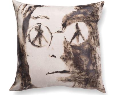 כרית עם רישום אמנותי ג׳ון לנון - כרית אמנותית - כרית מודפסת - כרית נוי מעוצבת לסלון - כרית דמוי עור - כרית שחור לבן