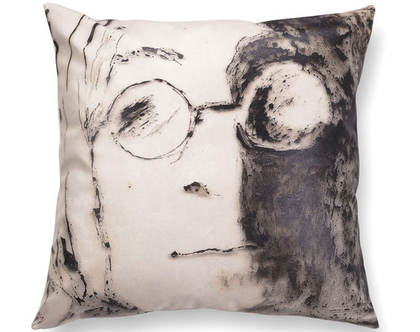 כרית שחור לבן - כרית עם רישום אמנותי ג׳ון לנון - כרית מודפסת - כרית אמנותית - כרית נוי מעוצבת לסלון - כרית דמוי עור