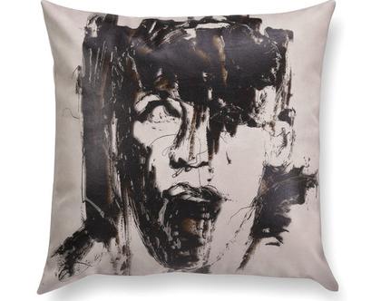 כרית נוי מעוצבת לסלון - כרית דמוי עור - כרית שחור לבן - כרית עם רישום אמנותי - כרית מודפסת - כרית אמנותית