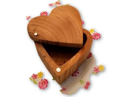 קופסה לטבעות חתן כלה/ קופסה מעוצבת/ קופסה מעץ/ קופסה מעץ אקליפטוס/ קופסה לתכשיטים