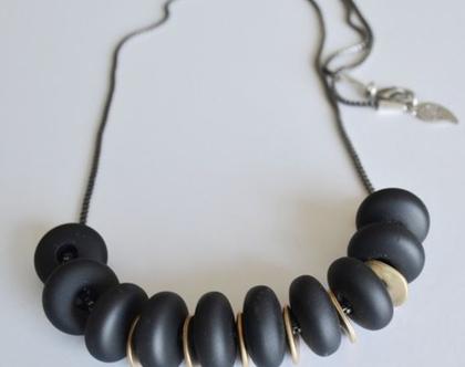 שרשרת ארוכה | שרשרת שחורה | חרוזי סיליקון שחורים | שרשרת לאשה | שרשרת אבנים