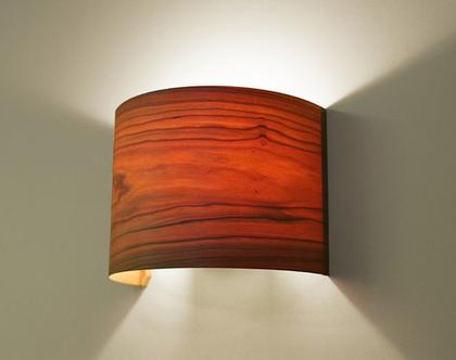 """מנורת קיר, מנורת לילה, מנורה לצידי מיטה, מנורת פורניר, """"ארכ""""- דובדבן"""