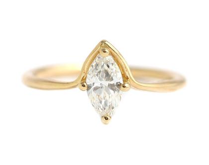 טבעת אירוסין מרקיזה, טבעת אירוסין מינימליסטית, טבעת יהלום מרקיזה, יהלום 0.5 קראט, טבעת יהלום לאישה, טבעת מרקיזה