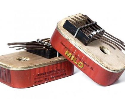 חסר - קלימבה - כלי נגינה אפריקני הנשמע כמו פסנתר עשוי חומרים ממוחזרים