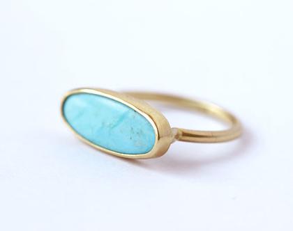 טבעת זהב משובצת אבן טורקיז, טבעת טורקיז אובאלית, טבעת בסגנון בוהו שיק, טבעת טורקיז גדולה, טבעת לילידי דצמבר