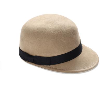 כובע לבד מצחייה מעוצב, כובע מצחיה מעוצב