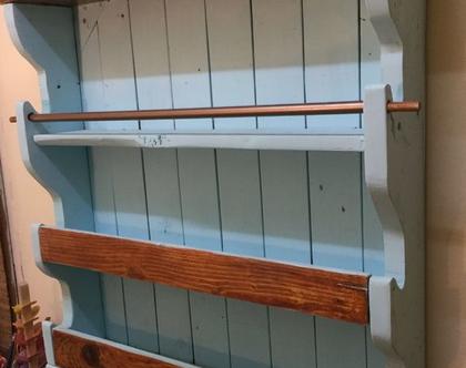 ארונית מעץ ממוחזר, ארונית ממשטחים בעבודת יד, פריט מיוחדת לעיצוב הבית, ארונית מדפים, כוננית עץ