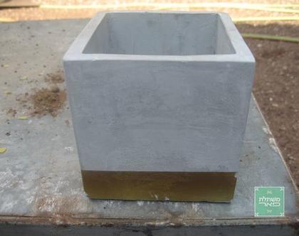 כלי שתילה דקורטיבי דמוי בטון