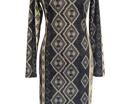 שמלה חורפית בהדפס גיאומטרי