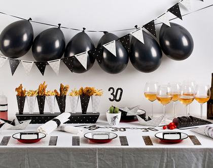ערכה מושלמת לעיצוב שולחן יום הולדת   שחור לבן