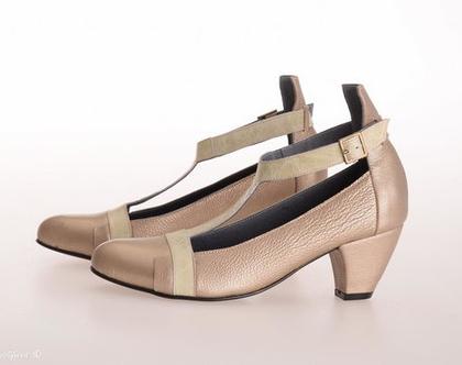 נעלי עקב קלרה מעור זהב עדין בשילוב עם עור ירוק בהיר