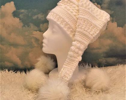 כובע סרוג לאשה פונפון לבן ,כובע גמדים