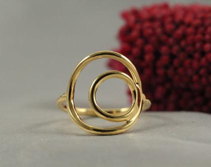 טבעת זהב עיגולים 21k| טבעת מצופה זהב 21k | טבעת זהב 21k מיוחדת | טבעת מעוצבת | תכשיטים בעבודת יד | מצופה זהב 21k | מתנה לחברה