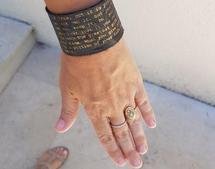 צמיד עור עם מסר   צמידי עור עם זהב   כתוב בעור   מתנה מקורית לאישה   מתנה לחברה