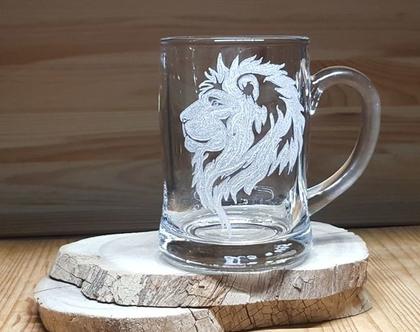אריה, מזל אריה, כוס בירה חריטה אומנותית בעבודת יד בזכוכית| shiranlavishohat.com | 052-8339640