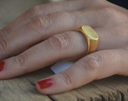 טבעת חותם גדולה, טבעת עם חריטה, טבעת חותם זהב, טבעת זהב, טבעת בסגנון וינטג', טבעת מיוחדת, , טבעת בחריטה שמות, טבעת לגבר, טבעת עם שם