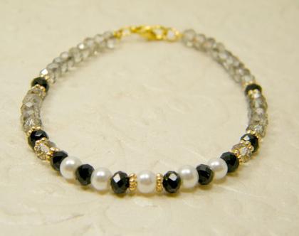 צמיד קריסטלים לאישה | צמיד אבנים שקופות ושחורות | צמיד לאירוע | צמיד עם פנינים | מתנה לאישה