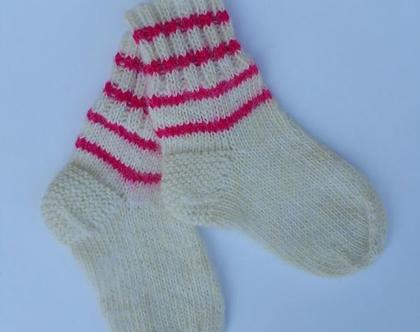 גרביים רכות וחמות סרוגות ביד