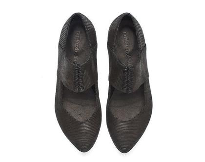 נעלי מעצבים- דגם נעלי ויקי הדפס נחש